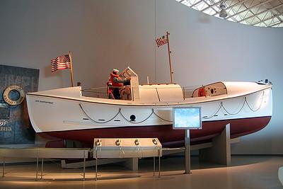 Life Boat (69233512)