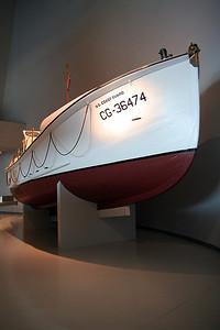 Life Boat (69233513)