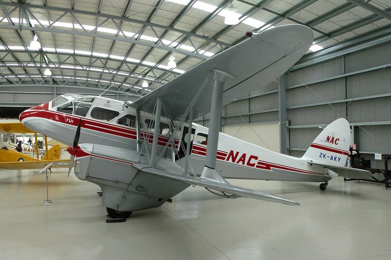 ZK-AKY de Havilland DH-89B Dragon Rapide c/n 6653 Mandeville/NZVL 22-03-12