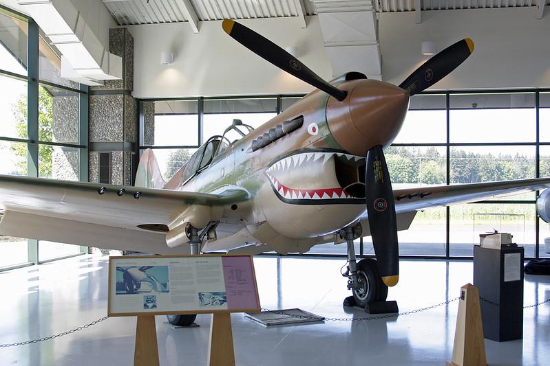 N293FR (P-8121/88) Curtiss P-40K Warhawk c/n 21133 McMinnville/KMMV/MMV 09-05-09