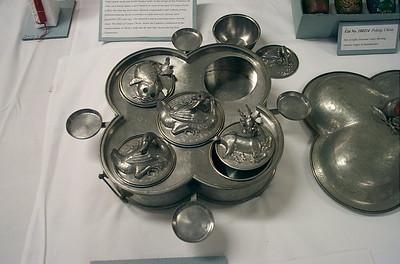 Metal dish