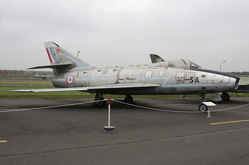 """72 (10-SA) Dassault Super Mystere B2 """"French Air Force"""" c/n 72 Berlin-Gatow/EDBG/GWW 21-10-09"""