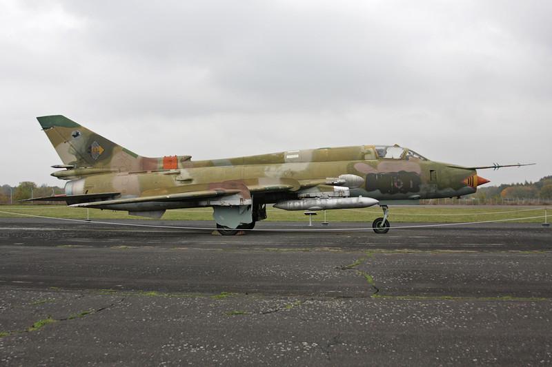 """25+11 (613) Sukhoi Su-22M-4 """"East German Air Force"""" c/n 25018 Berlin-Gatow/EDBG/GWW 21-10-09"""