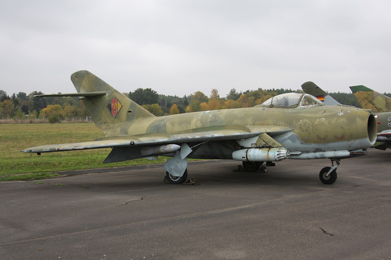 """905 Mikoyan-Gurevich Lim-5 """"East German Air Force"""" c/n 1C-08-20 Berlin-Gatow/EDBG/GWW 21-10-09"""