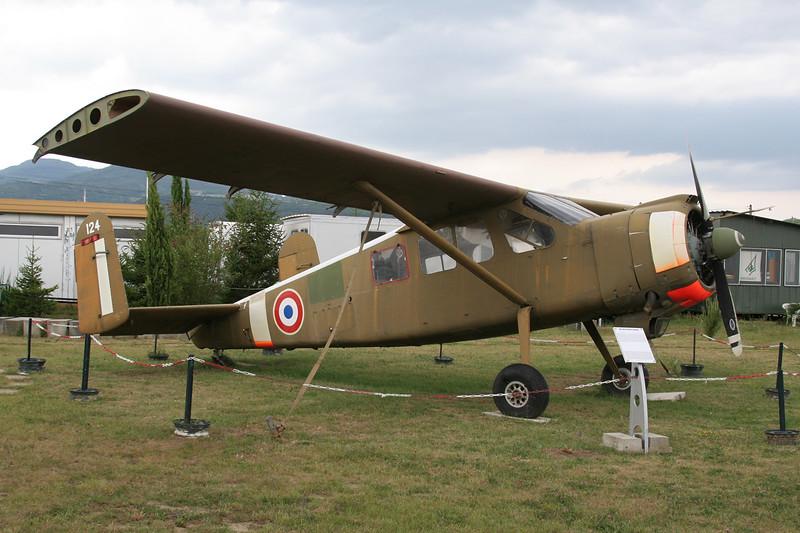 F-GRES (124) Max Holste MH.1521M Broussard c/n 124 Montelimar/LFLQ/XMR 20-07-07