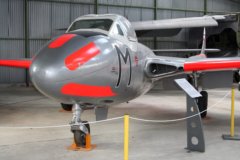 "XD613 (M) de Havilland DH-115 Vampire T.11 ""Royal Air Force"" c/n 15438 Montelimar/LFLQ/XMR 20-07-07"