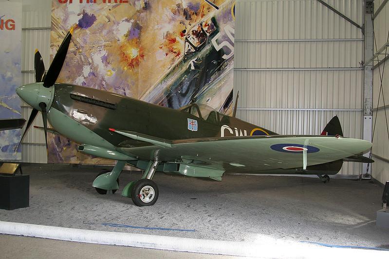 RR263 (TB597/GW-B) Supermarine Spitfire LF.XVIe c/n CBAF.IX.3310 Paris-Le Bourget/LFPB/LBG 07-03-07