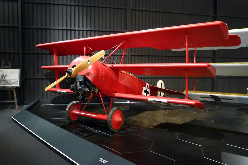 ZK-FOK (425/17) Fokker Dr.1 Replica c/n AACA/266/2 Blenheim-Omaka/NZOM 25-03-12
