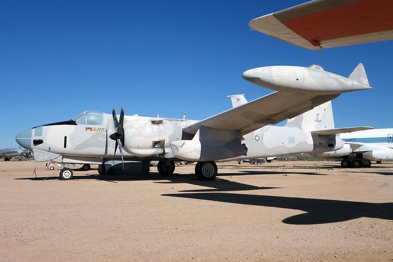 135620 (SL-1) Lockheed AP-2H Neptune c/n 726-7052 Pima/14-11-16