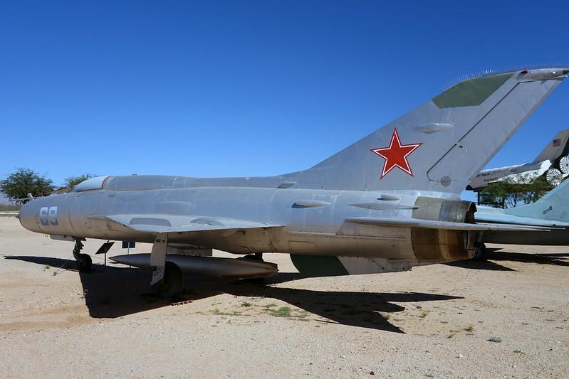 N21MF (69 blue) Mikoyan-Gurevich MiG-21PF c/n 762410 Pima/14-11-16