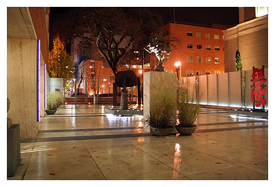 Plaza (74112902)