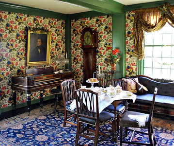 Table and pianoforte in the Hall at the Turner-Ingersoll Mansion