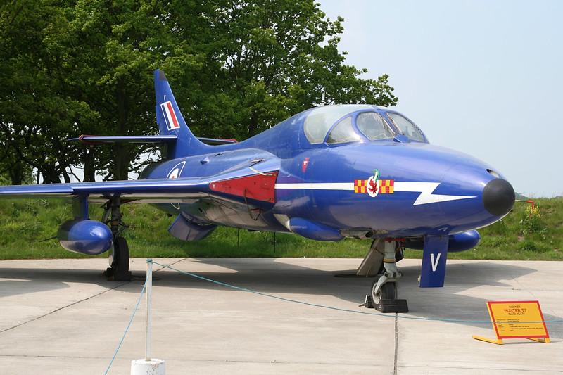 G-HNTR (XL578/V) Hawker Hunter T.7 c/n HABL003311 Elvington/EGYK 23-05-08