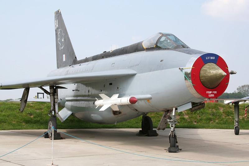 XS903 (BA) English Electric Lightning F.6 c/n 95249 Elvington/EGYK 23-05-08