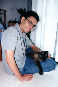 Mushu on Eric (February, 2001)