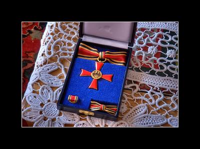Das Verdienstkreuz am Bande der Bundesrepublik Deutschland  16. November 2011
