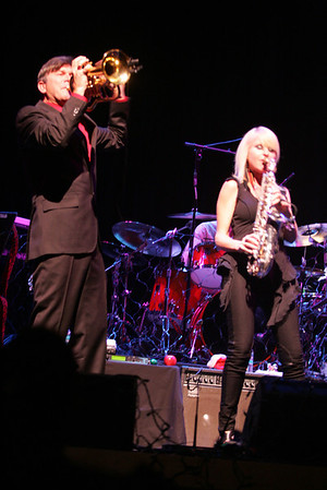 Peter White Christmas Featuring Rick Braun & Mindi Abair 12-2-2012 Miller Center, Reading, Pa.