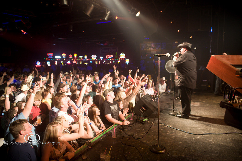 Packed House @ The Texas Club for Colt Ford - Photo by Pat Bonish