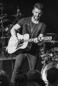 065_150829 _ Dylan Scott _ Photo by Johnny Nevin-532