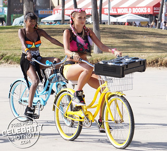 """EXC: KORR-A Films 80's """"Everybody Get Down� Music Video in Venice Beach"""