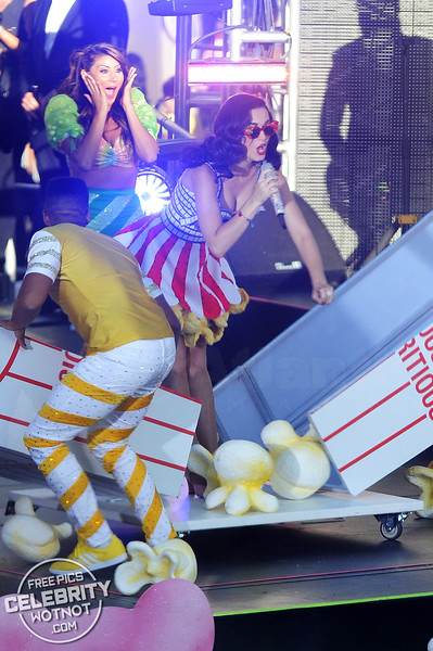 She's A Candy Girl! Katy Perry Wears A Film Reel Bra & Candy Inspired Costume!
