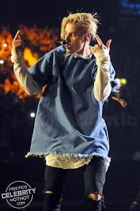 Justin Bieber Rocks In A Marques'Almeida Frayed Denim Shirt, London