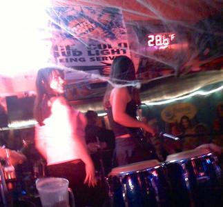 2007-10-18_neva-lastshow-at-taco-beach - 047
