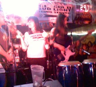 2007-10-18_neva-lastshow-at-taco-beach - 035