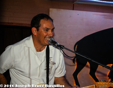2016-01-08 Oak Hill Drifters at Smiling Bison  7