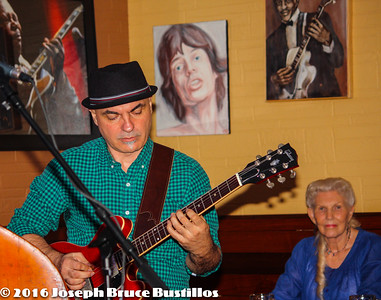 2016-01-08 Oak Hill Drifters at Smiling Bison  10