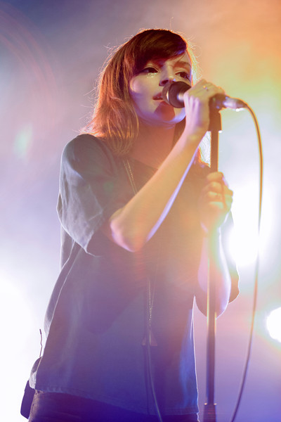 CHVRCHES_03_Shepherds_Bush_Empire_17th_October_2013_simon_fernandez