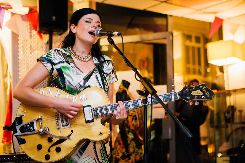 Gemma Ray_14_Paper Dress Vintage_30_05_12_Simon Fernandez