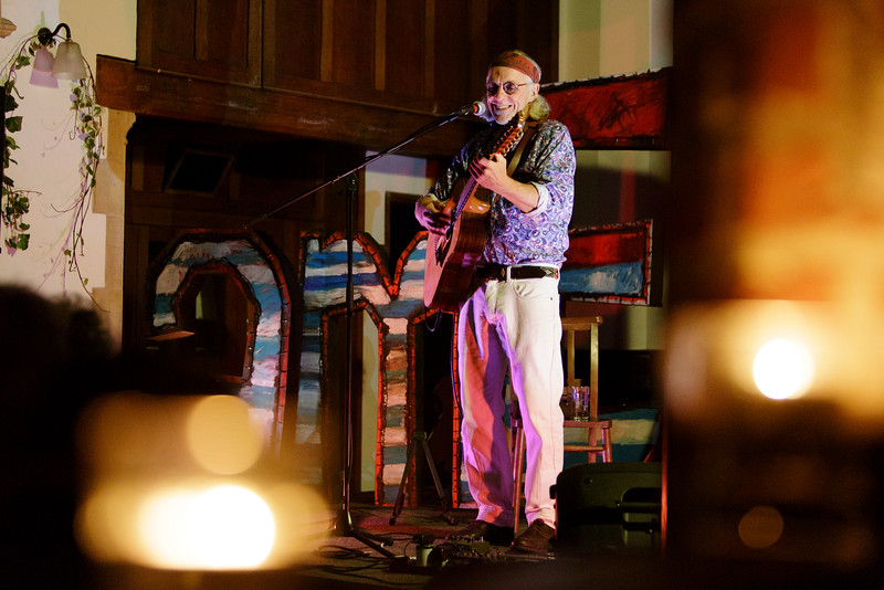 Howard Eynon_13_The Old Church_Simon Fernandez_15th December 2015