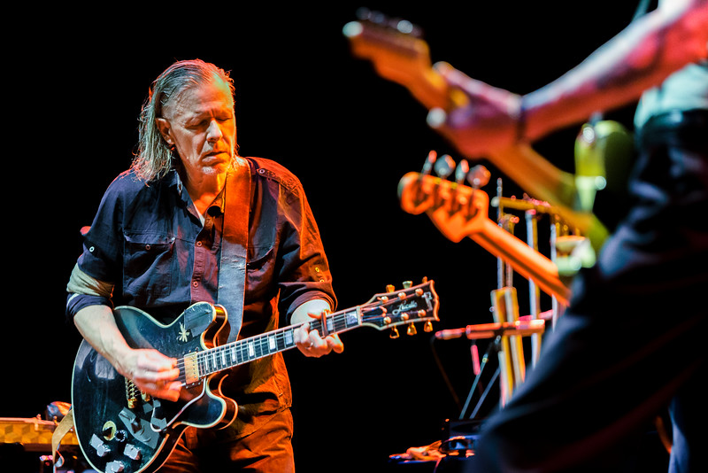 Swans_32_Roundhouse_21st May 2015_Simon Fernandez