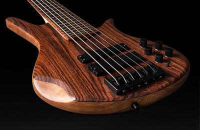 Al Johnson Bass-12