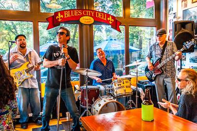 Bar Room Troubadors at the Blues CIty Deli