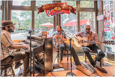 Chickentown at the Blues City Deli