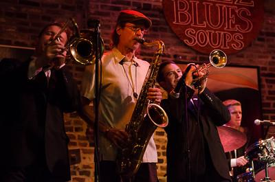 Davina and the Vagabonds at BB's Jazz, Blues & Soups