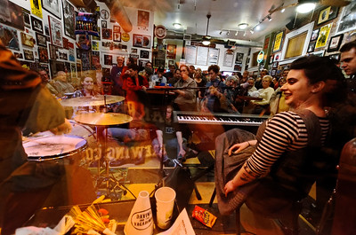 Davina and the Vagabonds at the Blues City Deli