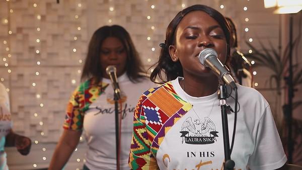 Laura Sika Praise Medley