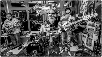 Marquis Knox Band at the Blues City Deli