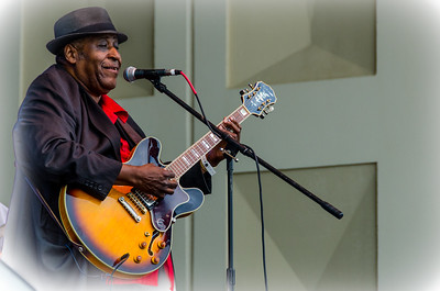 Joey Gilmore Blues Band at Springing the Blues