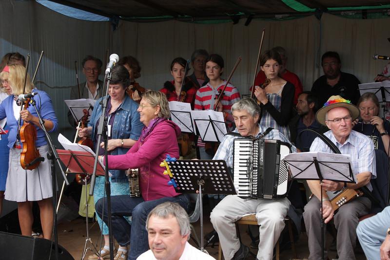 Sidmouth folk festival 2009, Big Band Performance in Anchor Gardens