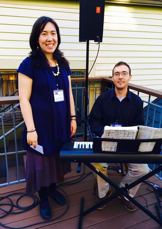 . Tunefoolery musicians Amy Elizabeth and Alex Gordon