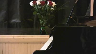 130203 Dylan's recital