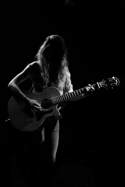 Megan Slankard (live)