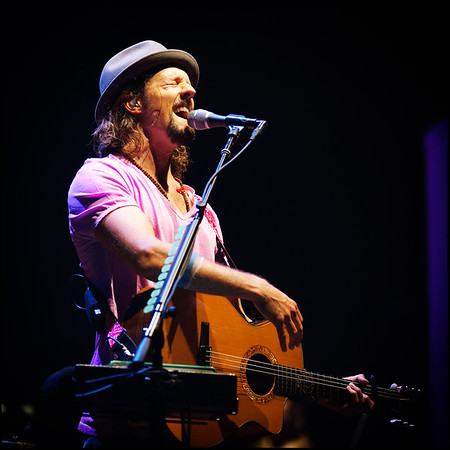 08.12.12 Jason Mraz in concert