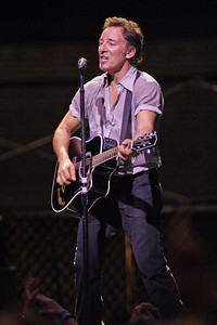 BRUCE SPRINGSTEEN PERFORMS AT ORLANDO VOTE FOR CHANGE CONCERT