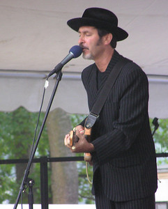 "Peter Parcek's ""soul guitar"" is a unique blend of blues, r&b, country and jazz."
