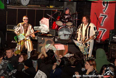 Neon Maniacs - Skulls last show at The Showcase Theater - Corona, CA - March 10, 2006